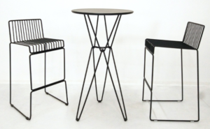 Wedding furniture black powder coated iron wire bar table and stool set